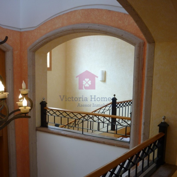 Fraccionamiento Bugambilias, Jalisco Av Reno Poniente, 3 Habitaciones Habitaciones, ,5 BathroomsBathrooms,Casas,En venta,2,1048